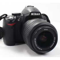 Nikon D3000 Digital SLR Camera With Nikkor AF-S DX 18-55mm VR Lens